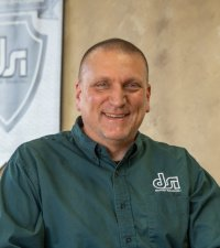 Mike Edwards : Machine Shop Project Manager
